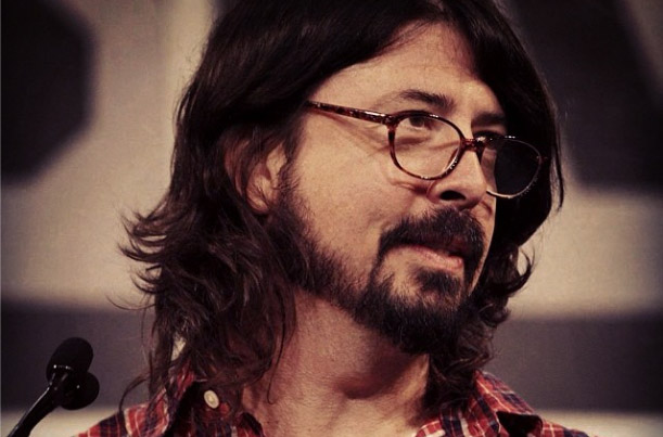 http://www.protootr.com/wordpress-protootr/wp-content/uploads/Dave-Grohl-Foo-Fighters.jpg